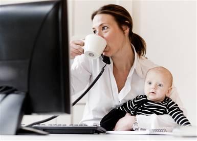Ibu Bekerja dan Dampaknya bagi Perkembangan Anak