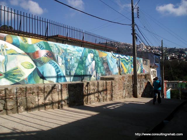 Valparaiso Grafitti - P7160244.JPG
