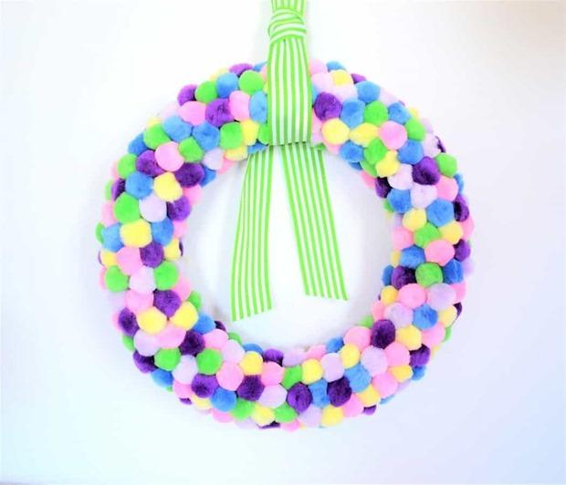 pom pom wreath