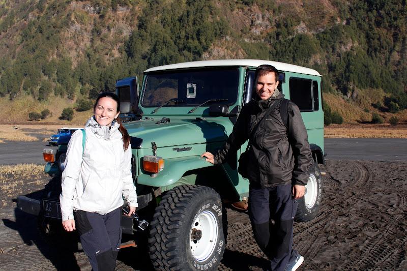 El 4x4 con el que cruzamos el mar de arenadel Monte Bromo
