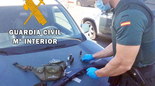 Material intervenido por la Guardia Civil.
