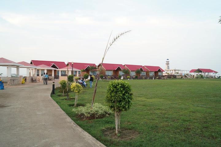 Omkareshwar and Hanmuntiya water resort - DSC06751.JPG