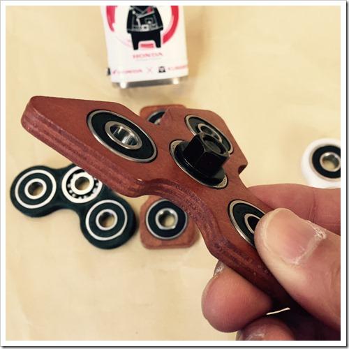 S 5332262238903 thumb%25255B2%25255D - 【ガジェット】「ハンドスピナー」レビュー。手持ち無沙汰に最適。ペン回し代わり回転の力に敬意を払え。ガジェット大好き大人のおもちゃ【Fidget/フィジェット/ハンドキューブ】