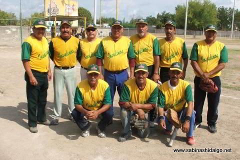 Equipo Insulinos del torneo de softbol de veteranos
