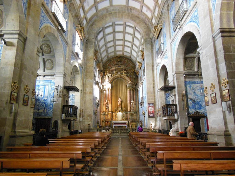 Interior de la iglesia do Pópulo