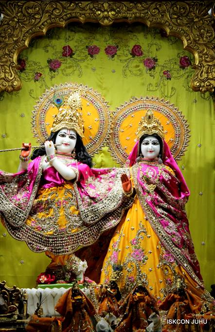 ISKCON Juhu Mangal Deity Darshan 05 Mar 2016 (13)