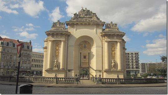 Porte de Paris (2)