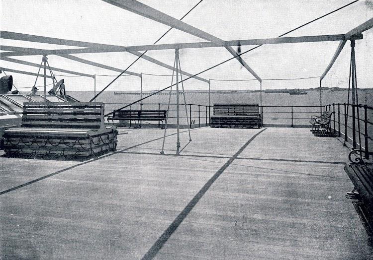 MAGALLANES vista de popa. Libro de Obras. S.E. de C.N. 1928.JPG