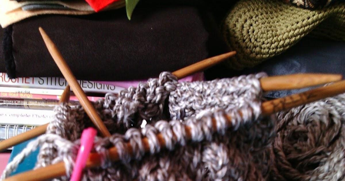 Knitted Artinya : Gamaguchi