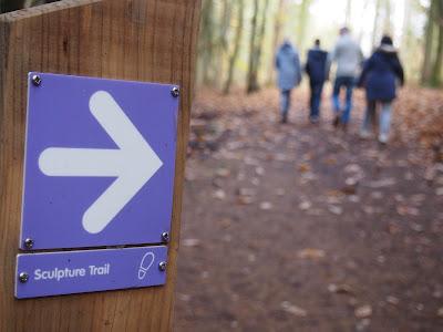 Sculprure Trail waymarker