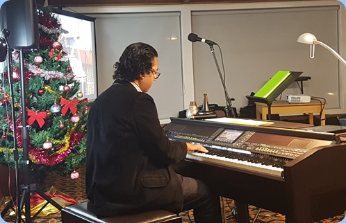Our guest artist Ben Fernandez playing our Yamaha Clavinova CVP-509
