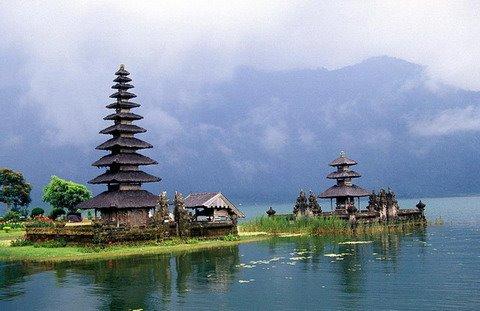 Sedikit Tentang Bali