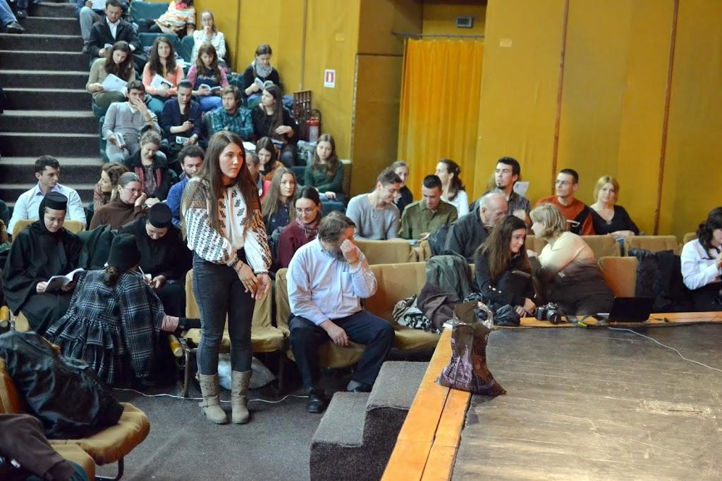 011 Avva Justin Parvu si Sfintii inchisorilor (Teatrul Luceafarul, Iasi, 2014.03.19)