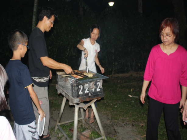 Others -  BBQ in Aranda 2009 - IMG_6761.jpg