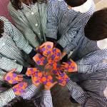 niños_talle_flores.jpg