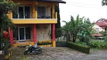 Blok K1 No 5 Penginapan istana Bunga Lembang