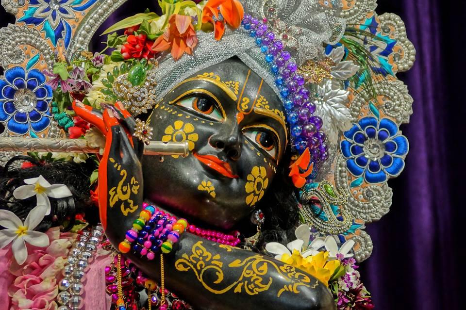 ISKCON Noida Deity Darshan 28 Mar 2016  (14)