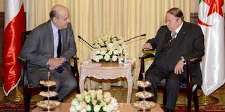 Tour de vis répressif en Algérie