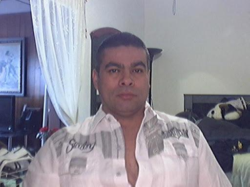 Oscar Tabares Photo 16