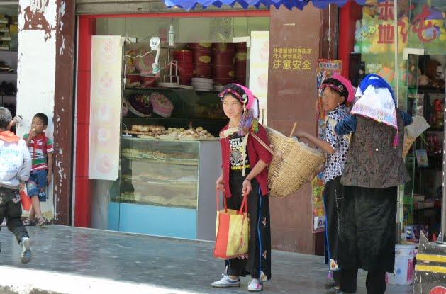 CHINE SICHUAN.DANBA,Jiaju Zhangzhai,Suopo et alentours - 1sichuan%2B1970.JPG