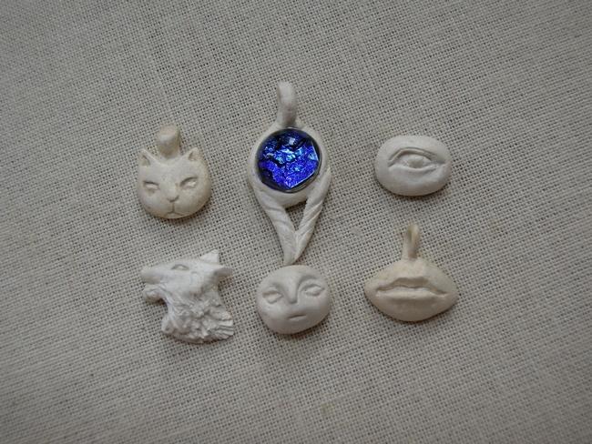 同一個人做了更多一系列的銀黏土作品
