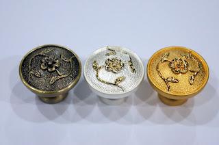 裝潢五金 品名:622-花型取手 規格:25/30MM 顏色:金/古銅/珍珠白 玖品五金