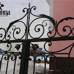 Ворота, калитки и навершья