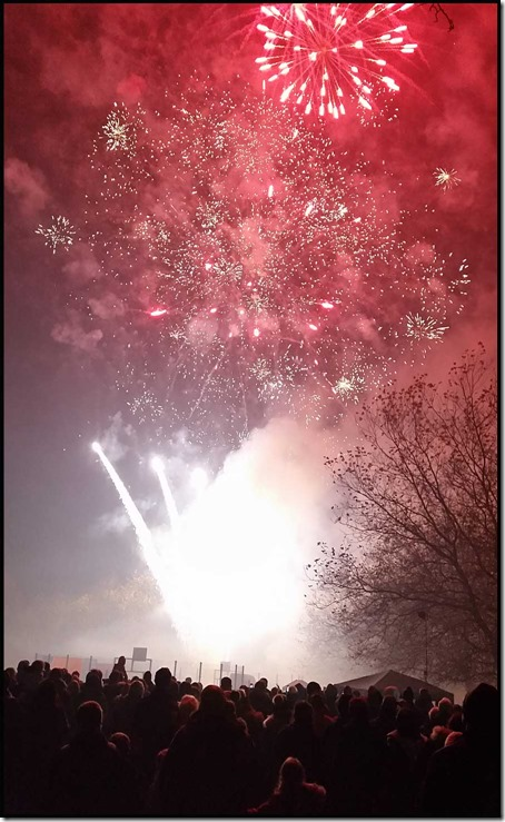 0502fireworks2