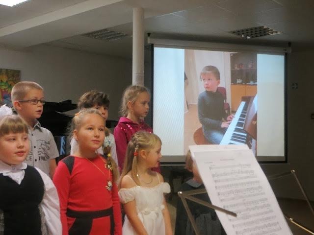 Muusikaosakonda sisseastunud laste pühitsemine 2013 - IMG_0787.JPG