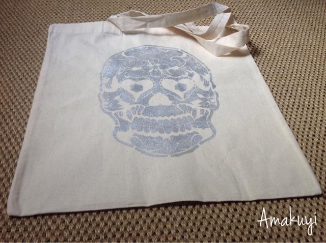 Tote-bag-calavera-DIY-pintura-textil
