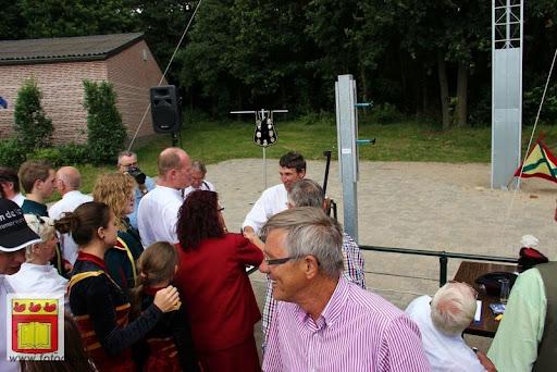 Koningschieten Sint Theobaldusgilde overloon 01-07-2012 (91).JPG