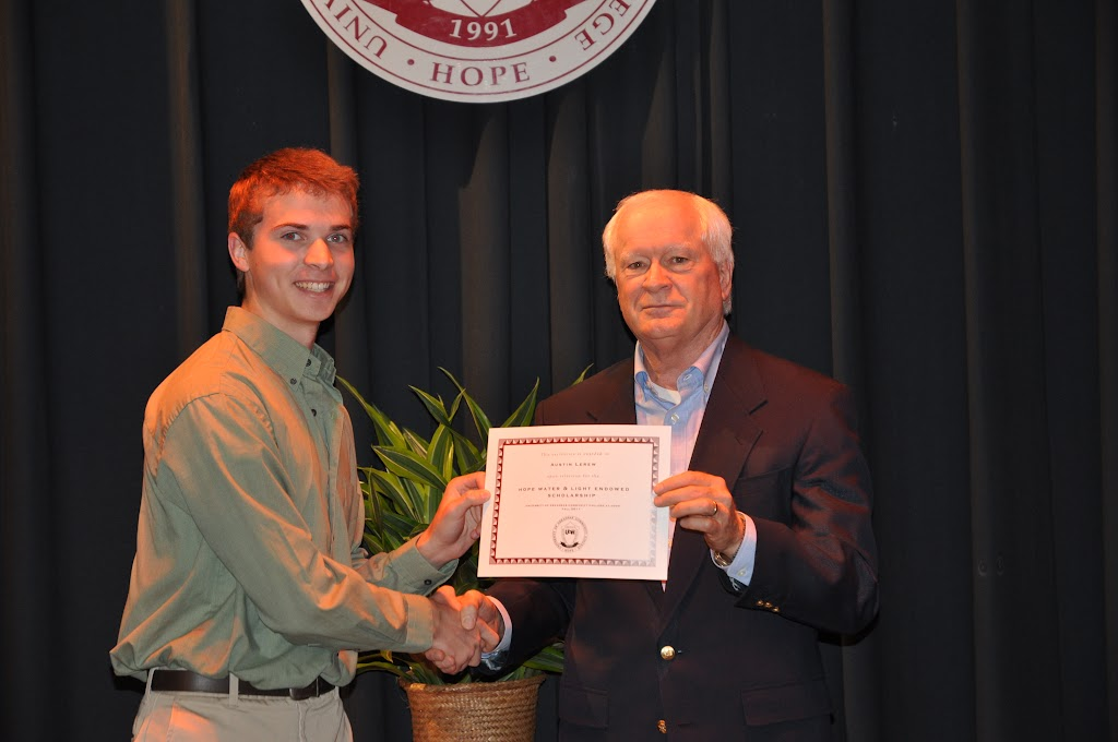 Foundation Scholarship Ceremony Fall 2011 - DSC_0013.JPG