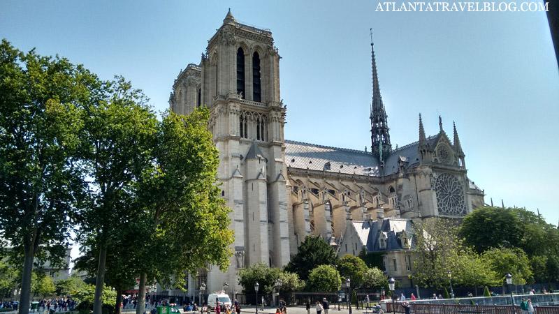 10 вопросов о Париже