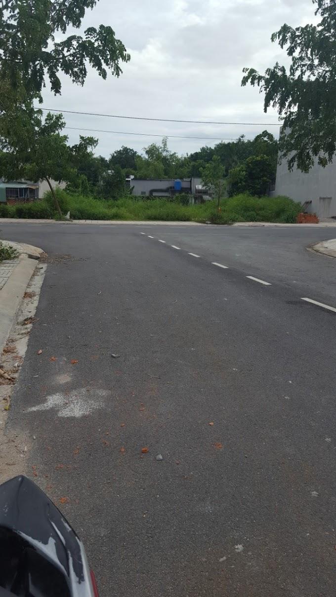 Cần bán lô đất ở đường D2, khu dân cư Phú Hồng Thịnh 8, Thuận An, Bình Dương. Giá chỉ 1ty5