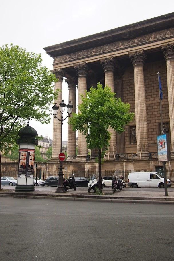 フランスパリ観光 マドレーヌ寺院〜コンコルド広場へ