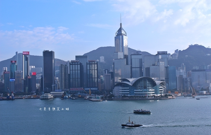 16 洲際酒店 InterContinental 閃躍維港 3D光雕匯演