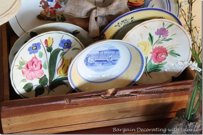 Decorating with Summer themed plates