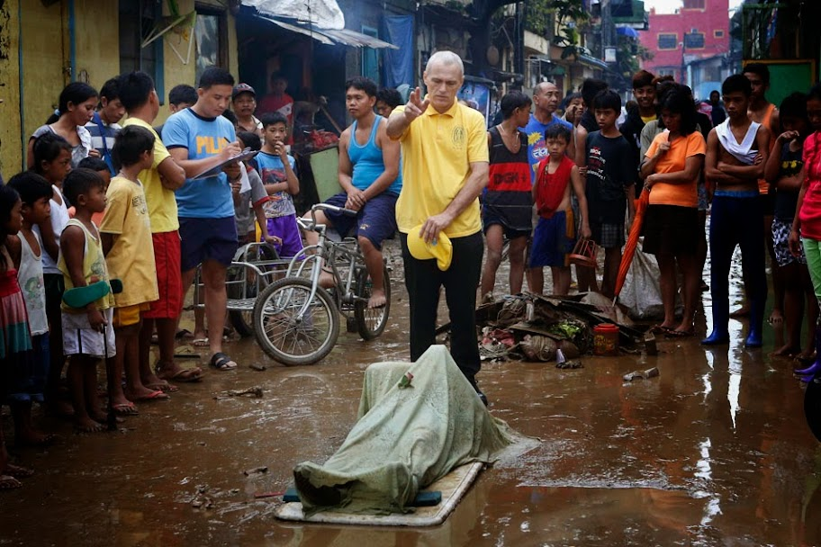 Mario Causes Flooding in Metro Manila with Pictures 20-09-2014-24