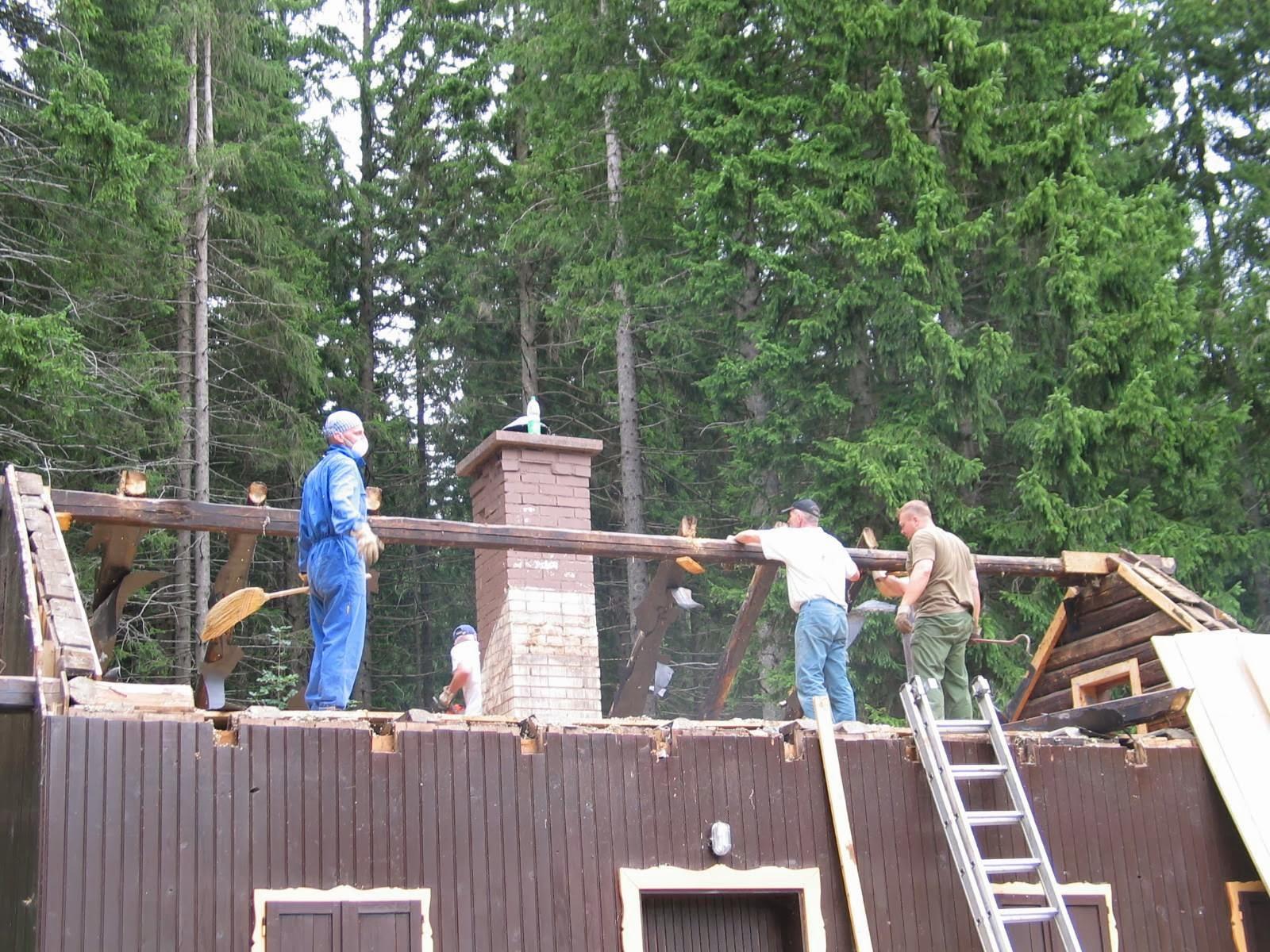 Delovna akcija - Streha, Črni dol 2006 - streha%2B123.jpg