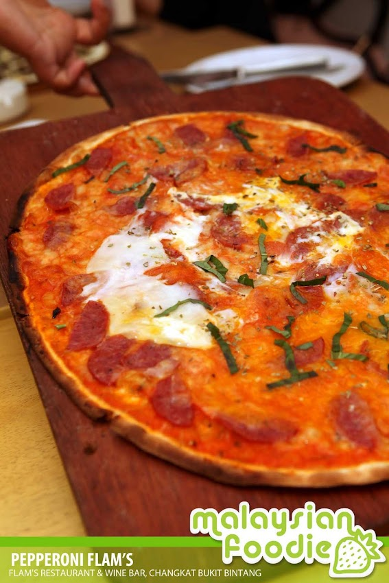 FLAMS  THE THIN CRUST PIZZA, CHANGKAT BUKIT BINTANG (INVITED REVIEW)