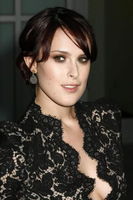 Rumer Willis wearing hot dress