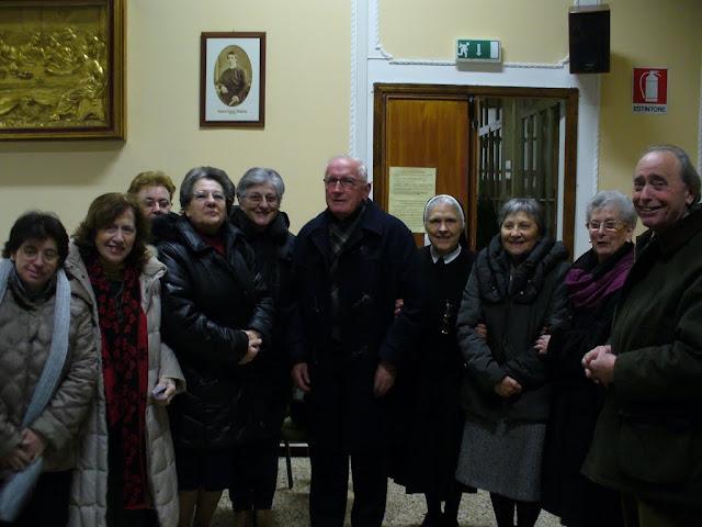 don Ambrogio col gruppo missionari (19.12.2012)