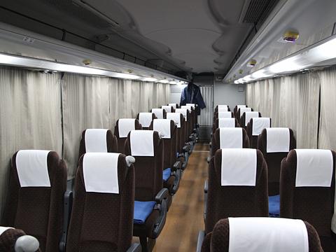 西鉄高速バス「ライオンズエクスプレス」 8545 車内