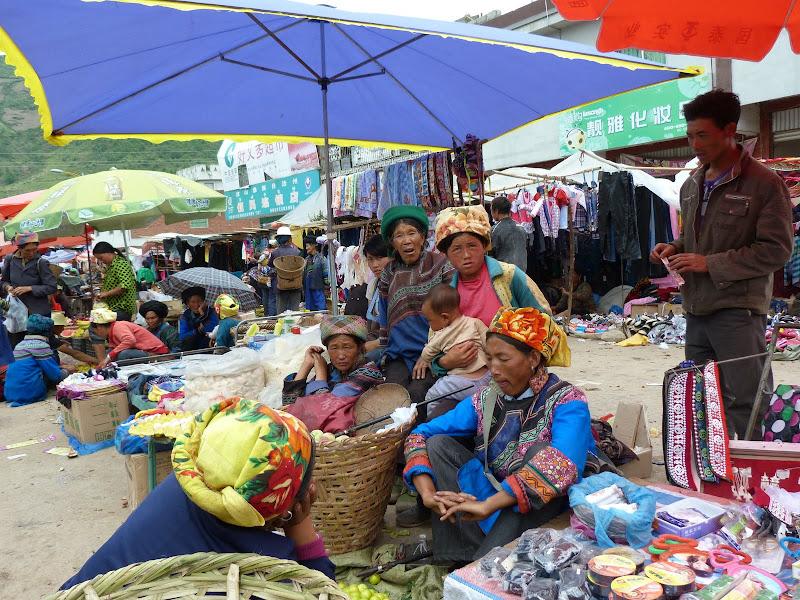 CHINE SICHUAN.XI CHANG ET MINORITE YI, à 1 heure de route de la ville - 1sichuan%2B949.JPG