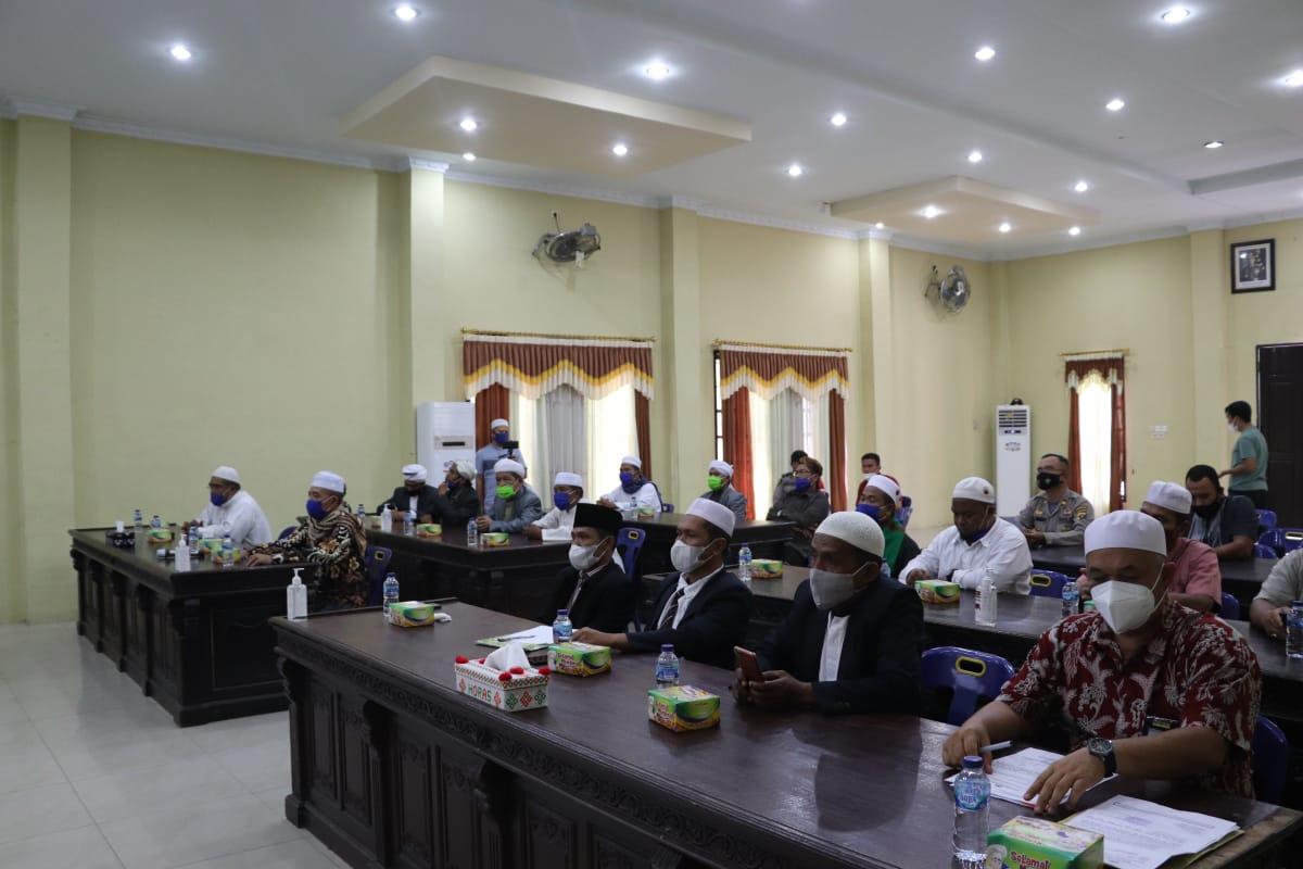 Kapolres Madina Terima Audiensi Pimpinan Ponpes Musthafawiyah Purba Baru