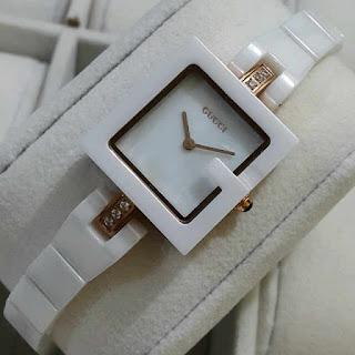 Gucci,Jam Tangan GUCCI,jam tangan wanita