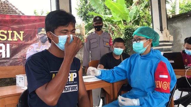 Mempercepat Menuju Herd Immunity (Kekebalan Kelompok), Polres Klungkung Gencar Laksanakan Vaksinasi Covid-19