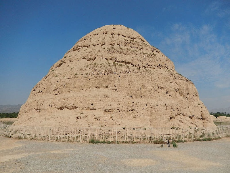 western-xia-tombs-66?imgmax=800 The Ruins of Western Xia's Imperial Tombs Random
