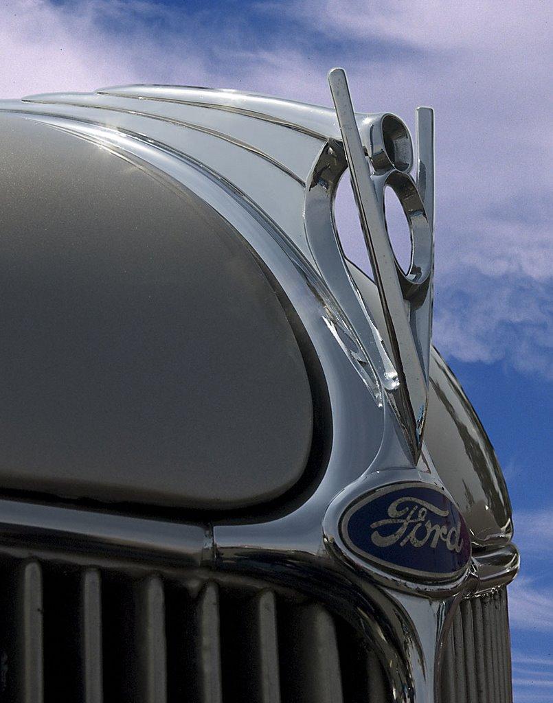 barnes - Ford%2BV8.jpg