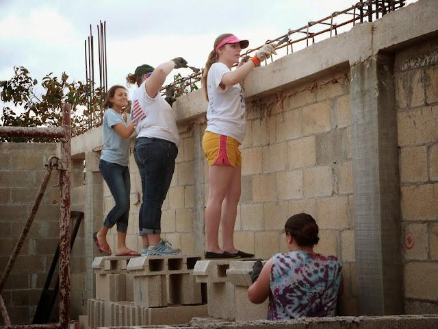 Bible School Construction - 2014-03-10%2BMonday%2BXA%2Bteam%2B008.JPG